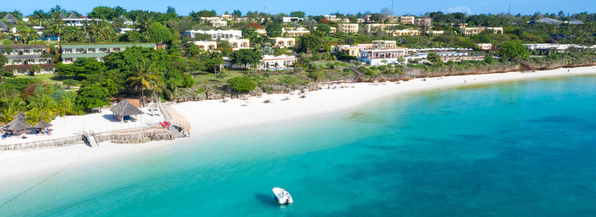 NUNGWI BEACH - Zanzibar Top Destinationi - African Adventure Specialists